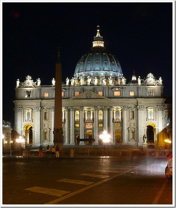 Basílica_Sao_Pedro_na_noite
