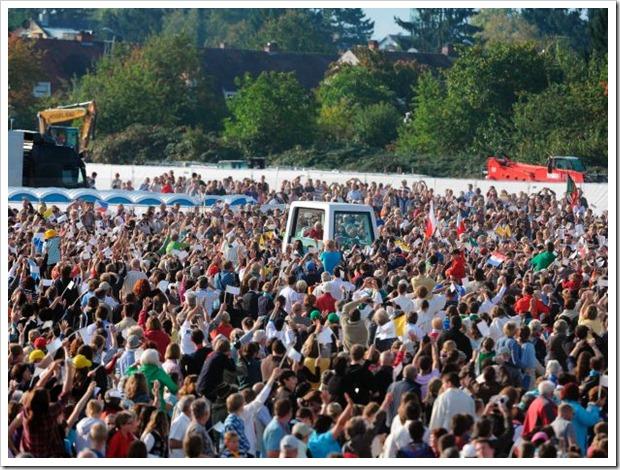 Bento XVI na Alemanha_Missa aeroporto Friburgo
