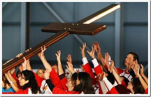 Cruz-dos-jovens-em-Portugal2